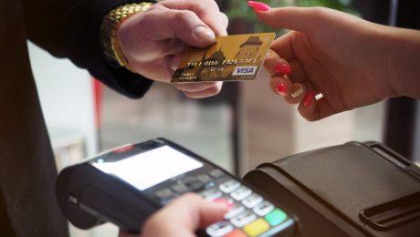 Créditos de PIS/Cofins sobre gastos com taxas de cartões tem decisão favorável ao contribuinte